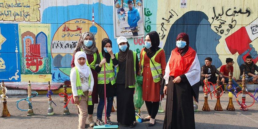 Frauen auf dem Tahrir Platz.jpg