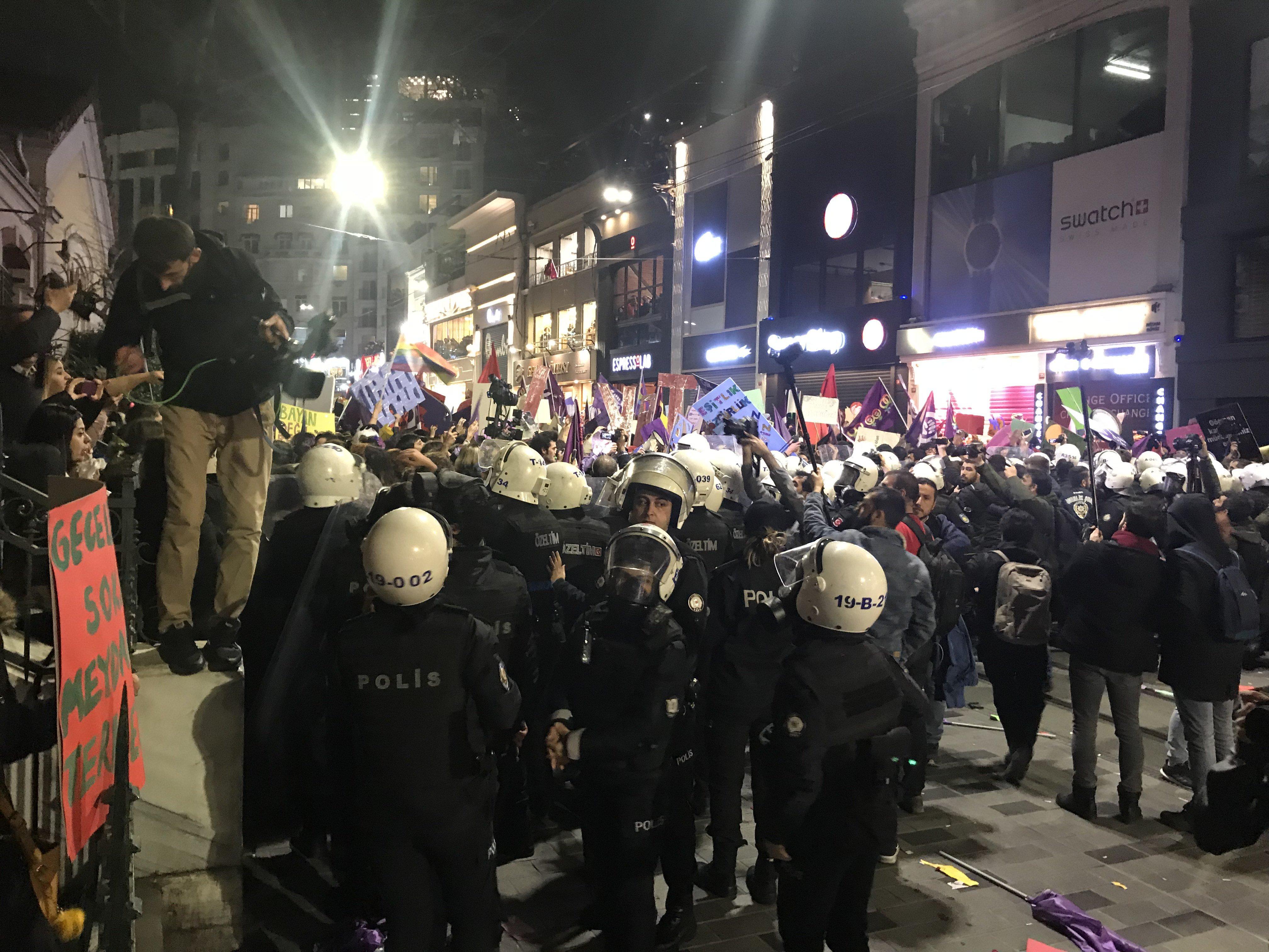 Polizei Istanbul 8. März